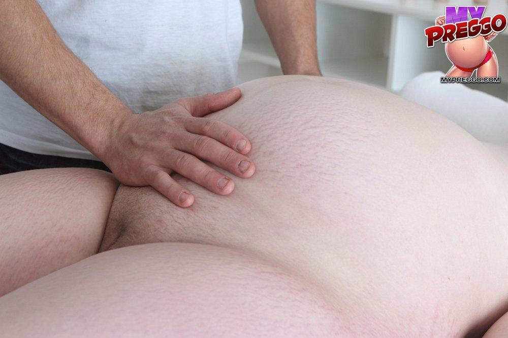 Erotic pregnancy massage